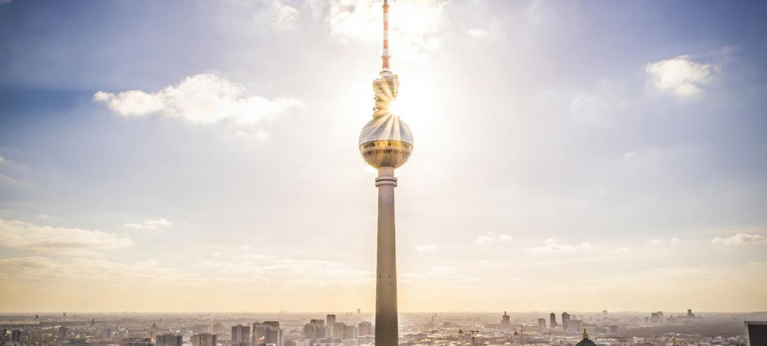 berliner fernsehturm berlin city pass with berlin metro. Black Bedroom Furniture Sets. Home Design Ideas